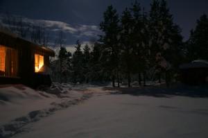 Waldhütte im Lappland, Schweden von außen