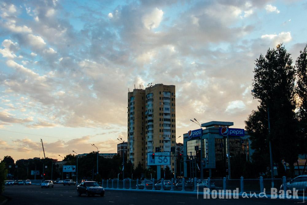 Tashkent bei Sonnenuntergang, Usbekistan